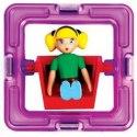 Zelená holčička Magformers je známá ze stavebnic Magformers Carnival, kde bývala posazená na pouťových atrakcích spolu se svým kamarádem. Nyní je možné ji koupit i samostatně.