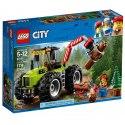 Traktor do lesa LEGO City má pohyblivé rameno s otevíracím drapákem a mohutná kola. Pomocí drapáku traktoru zvedej klády a přesouvej je.