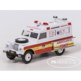 Monti System MS 1355 - F.D.N.Y. Ambulance 1:35
