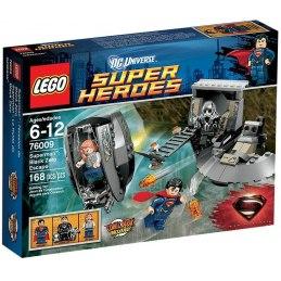 LEGO Super Heroes 76009 - Superman - Únik z Black Zero