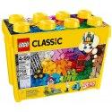 S tímto obrovským boxem plným klasických kostek LEGO ve 33 různých barvách zažiješ skutečnou stavební horečku. Sada obsahuje množství rozmanitých speciálních dílů.