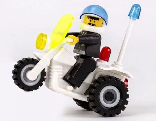 Cheva stavebnice - policejní motorka